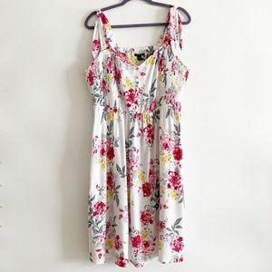 Torrid White Floral Shoulder Tie Dress Size 2X